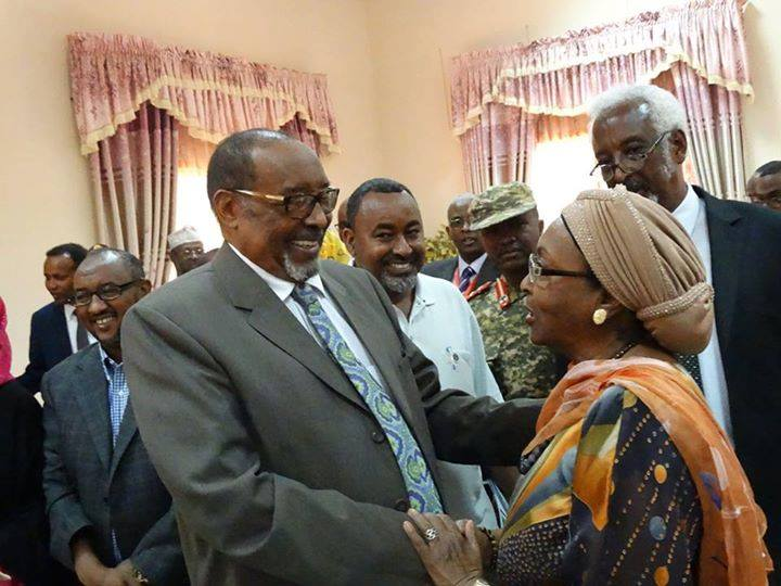 Edna seen here with Somaliland's President Ahmed Mohamed Mohamoud Silaanyo during the inauguration of the Health Professionals Council which Edna is honoured to have started with a few other health professionals as far back as 2000.
